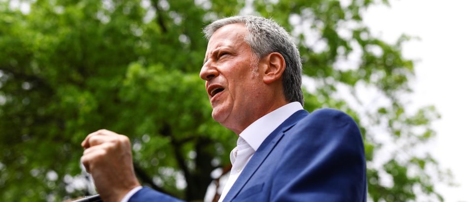 Democratic 2020 U.S. presidential candidate and New York City Mayor Bill de Blasio takes questions from the press following a Mental Health & Substance Misuse roundtable discussion with Des Moines Mayor Frank Cownie in Des Moines