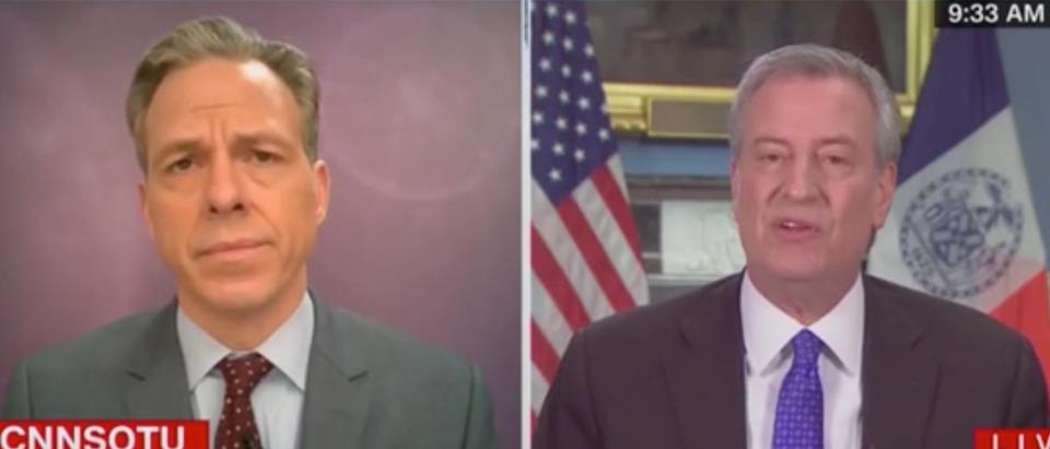 Jake Tapper speaks with NYC Mayor Bill de Blasio about coronavirus response. Screenshot/CNN