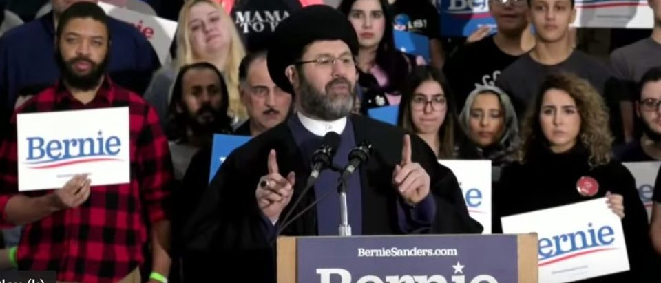 Imam Sayed Hassan Qazwini, the head of the Islamic Institute of America in Dearborn Heights, speaks at Bernie Sanders rally in Dearborn, March 7, 2020. (YouTube screen capture/Bernie Sanders)