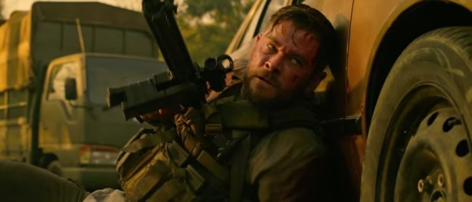 Watch Chris Hemsworth In The Trailer For Netflix S New Action Movie Extraction The Daily Caller