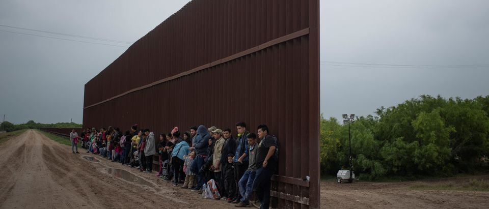 The Wider Image: A year documenting migration on Rio Grande