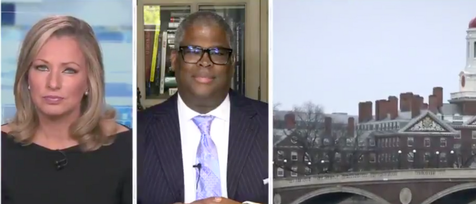 Sandra Smith speaks with Charles Payne. Screenshot/Fox News