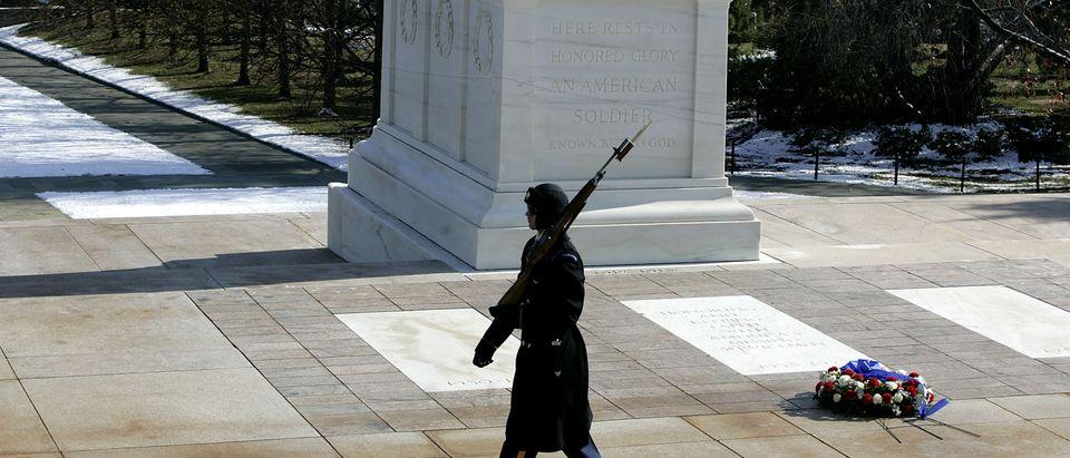 Veterans Commemorate Pearl Harbor Anniversary
