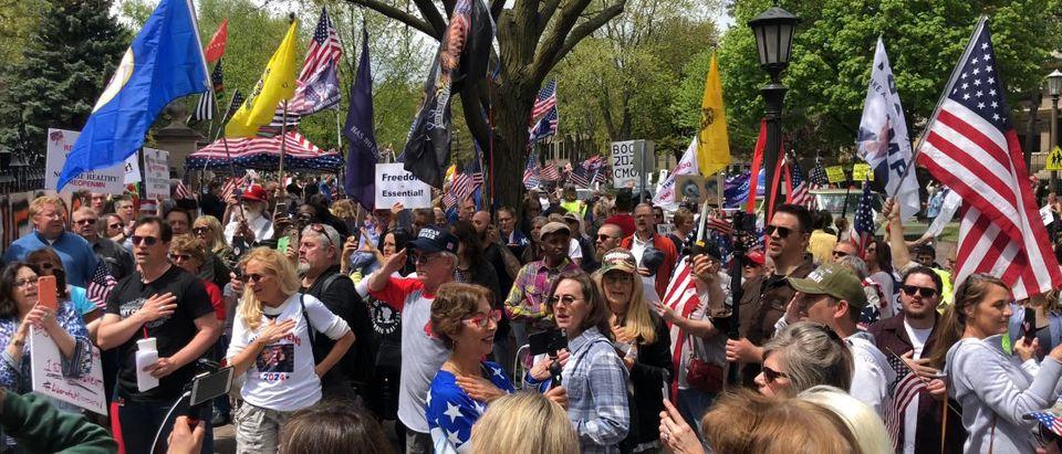 Protestors gather outside Walz's gubinitoral mansion. (Kyle Hooten)