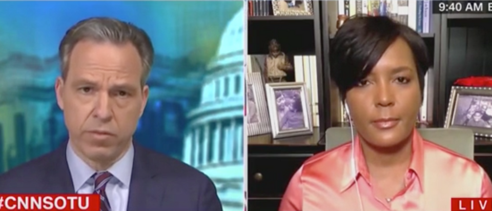 Jake Tapper speaks with Atlanta Mayor Keisha Lance Bottoms. Screenshot/CNN