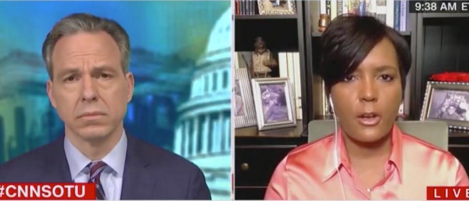 Jake Tapper speaks with Atlanta Mayor Keisha Lance Bottoms. Screenshot/CNN
