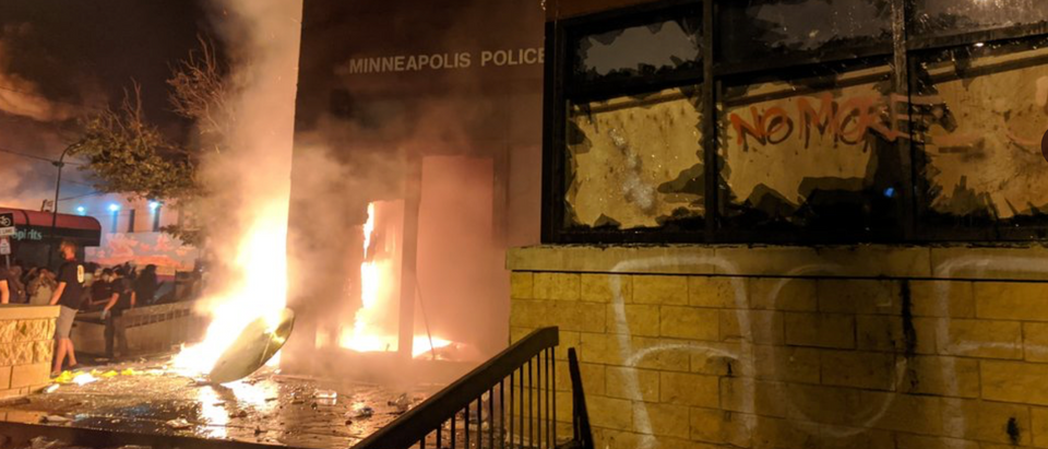 Minneapolis 3rd Police Precinct was set on fire Thursday amid protests over George Floyd's death. (Screenshot Twitter Julio Rosas)