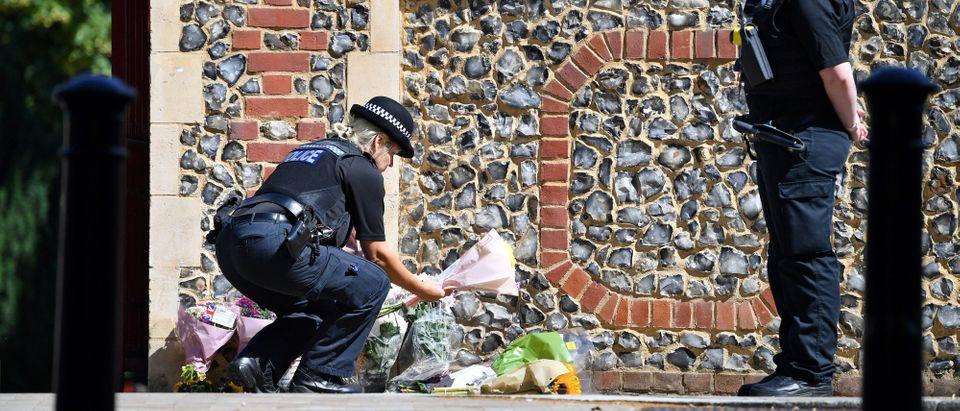 TOPSHOT-BRITAIN-POLICE-POLITICS-TERROR