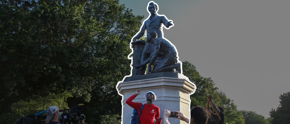 Emancipation Monument (Twitter, Daily Caller)