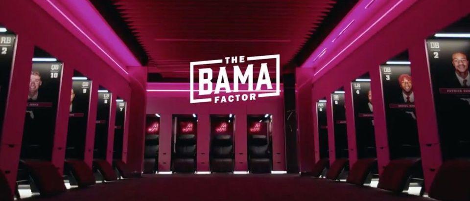 Alabama Locker Room (Credit: Screenshot/Twitter Video https://twitter.com/AlabamaFTBL/status/1284926518255288322)