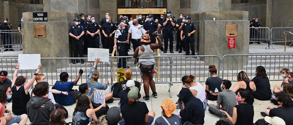 US-POLITICS-RACISM-POLICE-PROTEST
