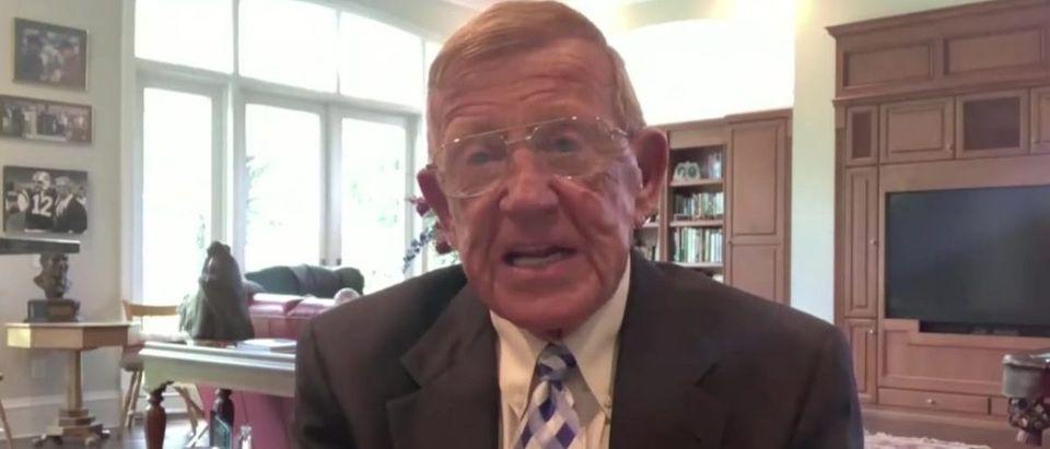 Lou Holtz blasts college football coronavirus rules (Fox News screengrab)