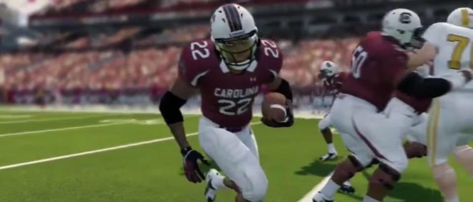 NCAA Football 14 (Credit: Screenshot/YouTube https://www.youtube.com/watch?v=92aMMtDf4lU&feature=youtu.be)