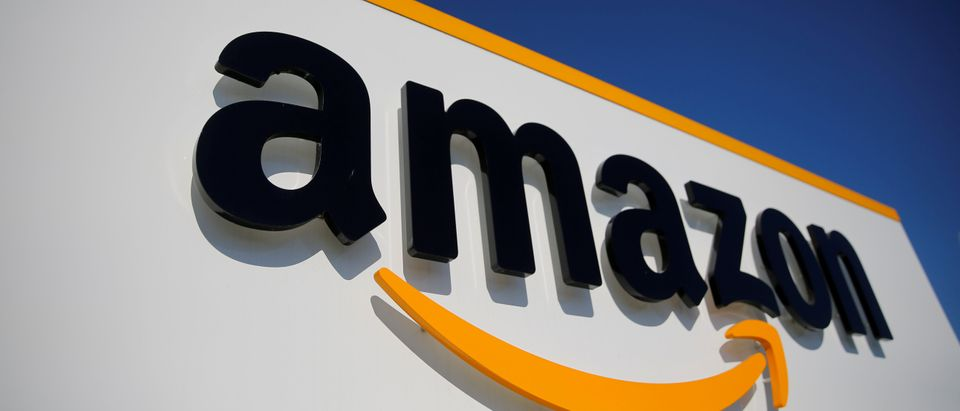 Amazon logistics center in Lauwin-Planque