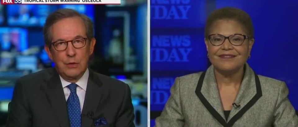 Chris Wallace presses Karen Bass on Cuba (Fox News screengrab)