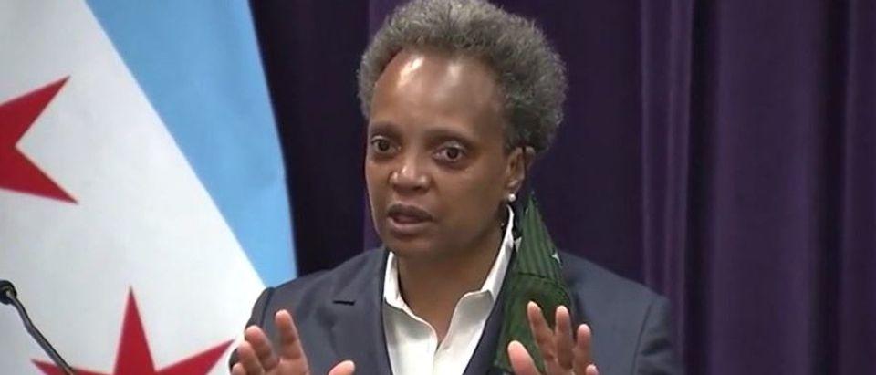 Lori Lightfood snaps at reporter after question (Fox News screengrab)