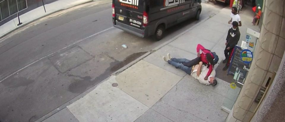 Former NYPD sergeant beaten (New York Post video/screenshot)