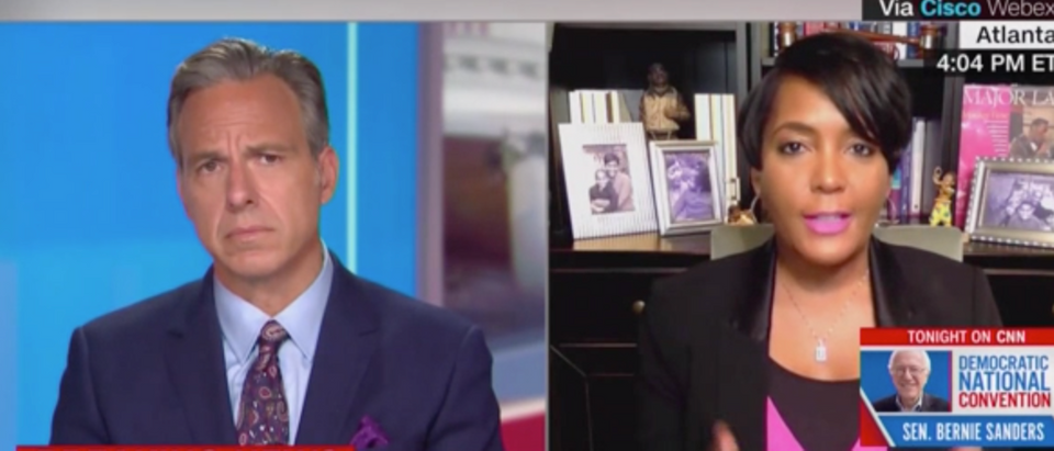 Jake Tapper did not push back on a conspiracy theory about election interference via the USPS. (Screenshot CNN, The Lead with Jake Tapper)