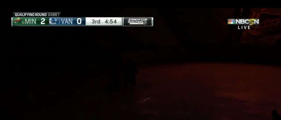 Wild Canucks Dark (Credit: Screenshot/Twitter Video https://twitter.com/NHLonNBCSports/status/1290151304480751616)