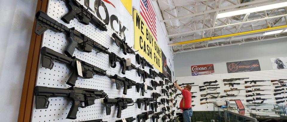 US-HEALTH-VIRUS-GUNS