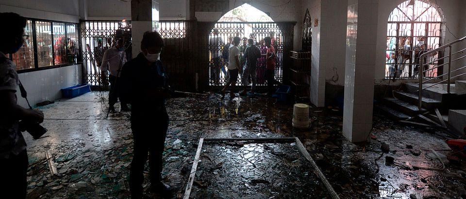 BANGLADESH-ACCIDENT-FIRE-MOSQUE