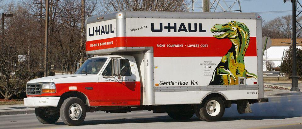 U-Haul Co. Discusses Debt Restructuring