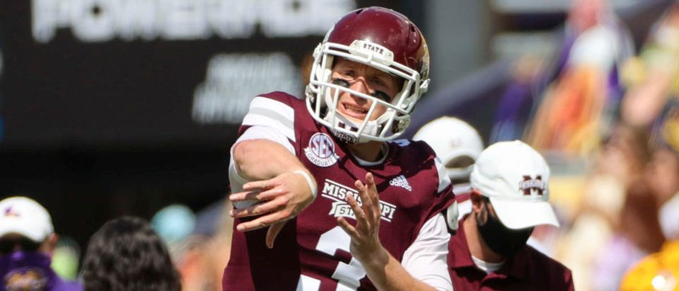 Sep 26, 2020; Baton Rouge, Louisiana, USA; Mississippi State Bulldogs quarterback K.J. Costello (3) warms up prior to kickoff against the LSU Tigers at Tiger Stadium. Mandatory Credit: Derick E. Hingle-USA TODAY Sports via Reuters