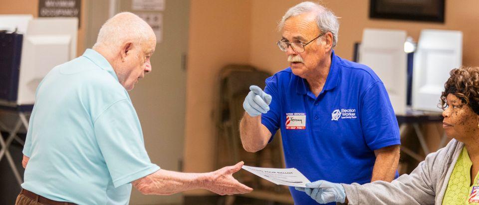 Florida Holds Presidential Primary Amid Coronavirus Pandemic