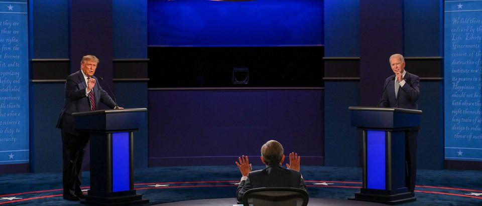 TOPSHOT-US-VOTE-DEBATE