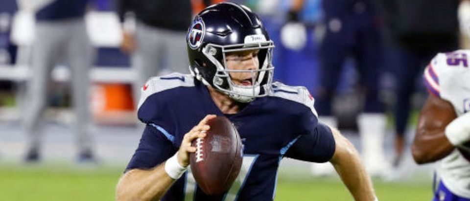 NASHVILLE, TENNESSEE - OCTOBER 13: Ryan Tannehill #17 of the Tennessee Titans runs with the ball in the second quarter against the Buffalo Bills at Nissan Stadium on October 13, 2020 in Nashville, Tennessee. (Photo by Frederick Breedon/Getty Images)