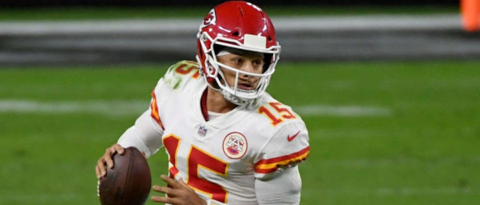 LAS VEGAS, NEVADA - NOVEMBER 22: Quarterback Patrick Mahomes #15 of the Kansas City Chiefs scrambles against the Las Vegas Raiders in the second half of their game at Allegiant Stadium on November 22, 2020 in Las Vegas, Nevada. The Chiefs defeated the Raiders 35-31. (Photo by Ethan Miller/Getty Images)