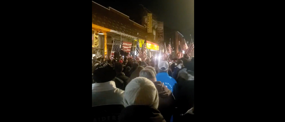 Hundreds of protesters showed up outside a Staten Island bar to protest the arrest of the co-owner (Screenshot/Twitter Joel Fischer)