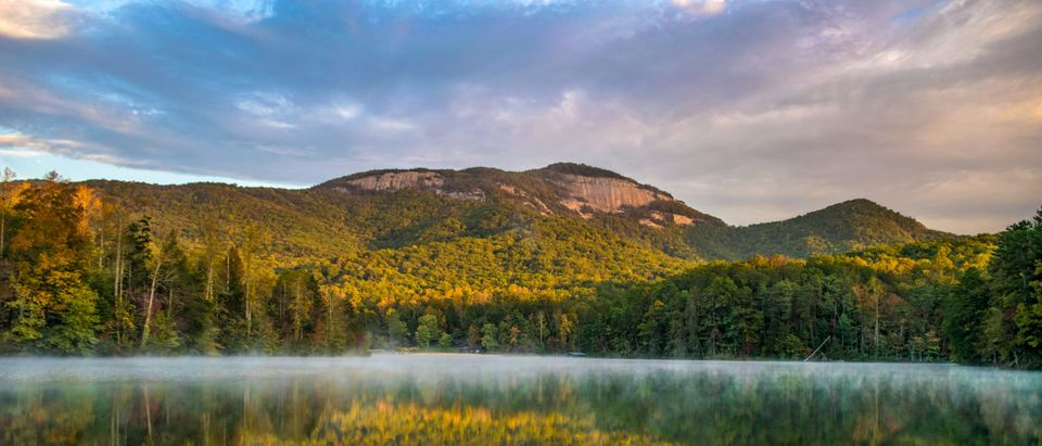 Table Rock State Park and Pinnacle Lake at sunrise near Greenville South Carolina by Kevin Ruck. Shutterstock.