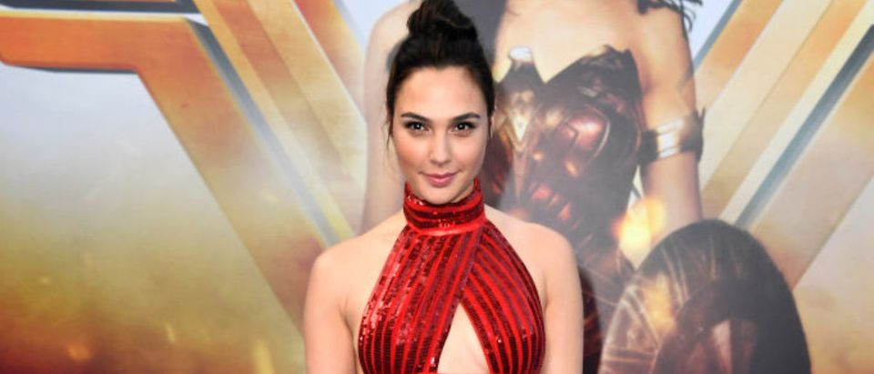 """HOLLYWOOD, CA - MAY 25: Actress Gal Gadot arrives at the Premiere Of Warner Bros. Pictures' """"Wonder Woman"""" at the Pantages Theatre on May 25, 2017 in Hollywood, California. (Photo by Frazer Harrison/Getty Images)"""