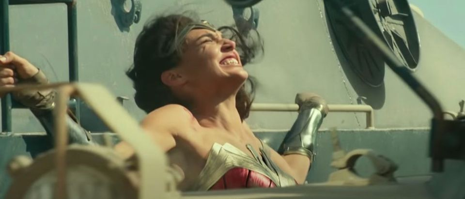 Wonder Woman 1984 (Credit: Screenshot/YouTube Video https://www.youtube.com/watch?v=hHds3znf0WU)