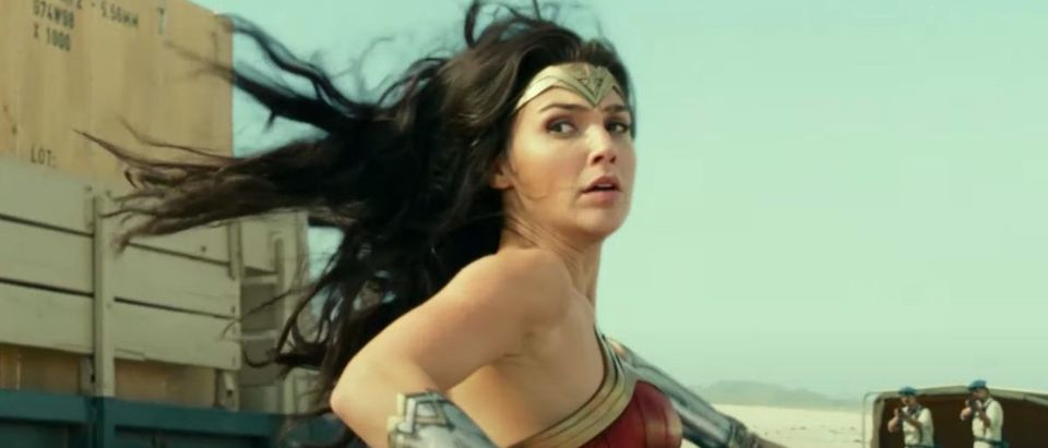 Wonder Woman 1984 (Credit: Screenshot/YouTube https://www.youtube.com/watch?v=I_MG6fklovc)