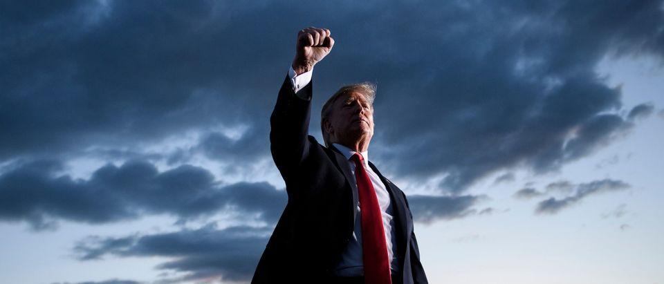TOPSHOT-US-POLITICS-TRUMP-RALLY