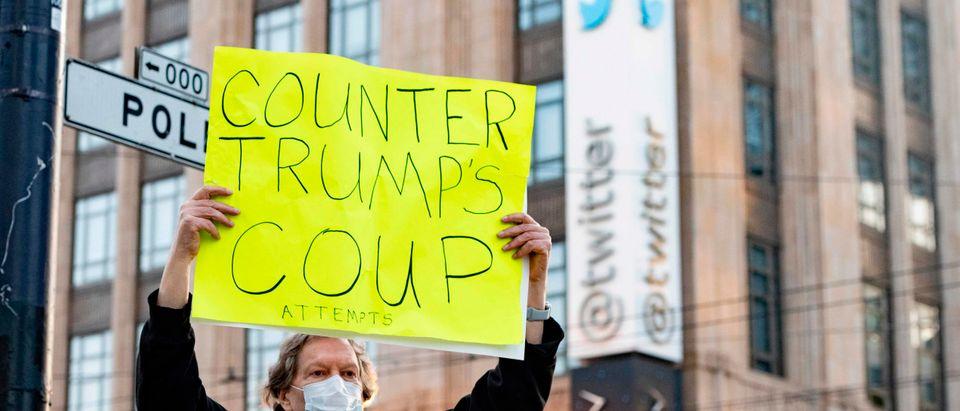 US-POLITICS-TWITTER-TRUMP