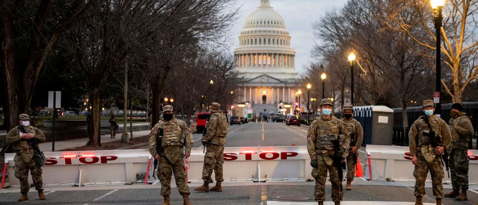TOPSHOT-US-POLITICS-UNREST-PROTEST