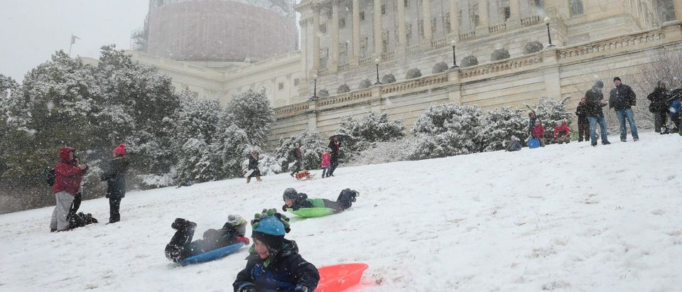 US-WEATHER-SNOW-CAPITOL-SLEDS