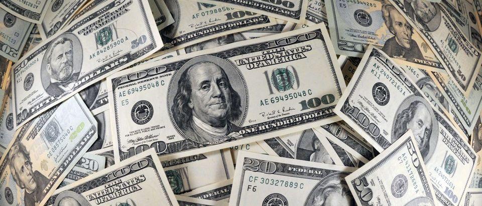 US-FINANCE-ECONOMY-CURRENCY-THEME-MONEY