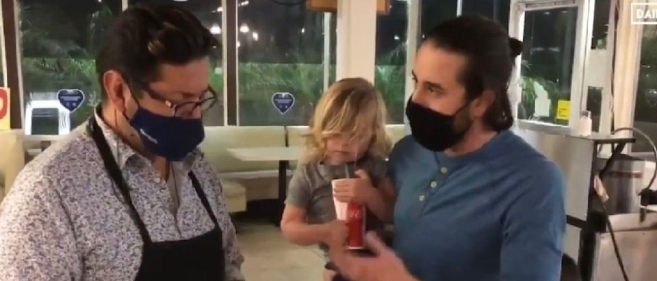 Andrew Gruel Meets Oscar Rodriguez