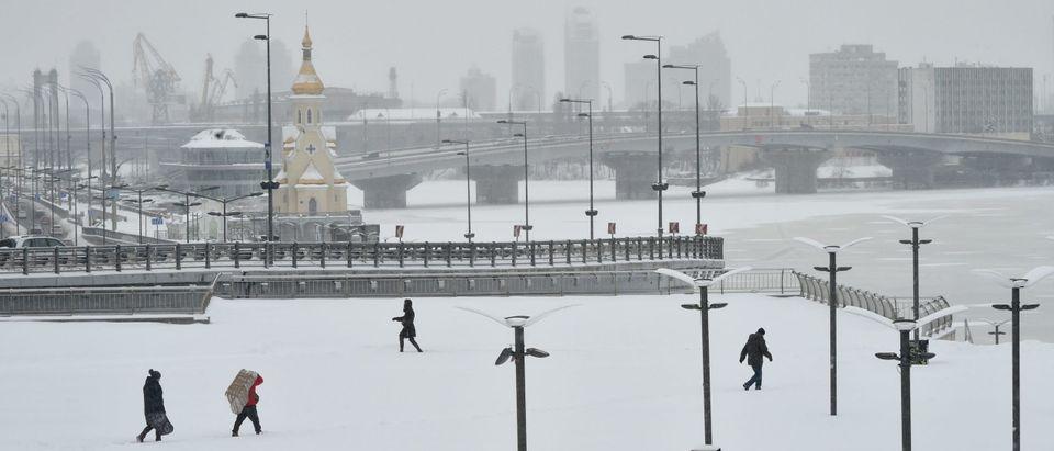 UKRAINE-WEATHER-SNOWFALL