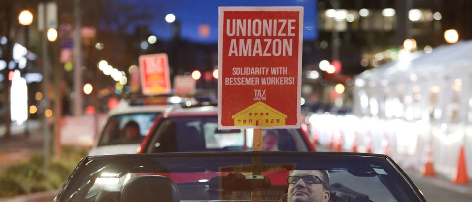 US-BUSINESS-UNION-AMAZON