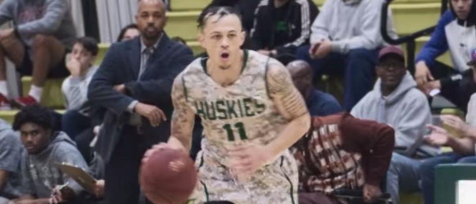 Last Chance U: Basketball (Credit: Screenshot/YouTube https://www.youtube.com/watch?v=T8zuMXX0zSI)