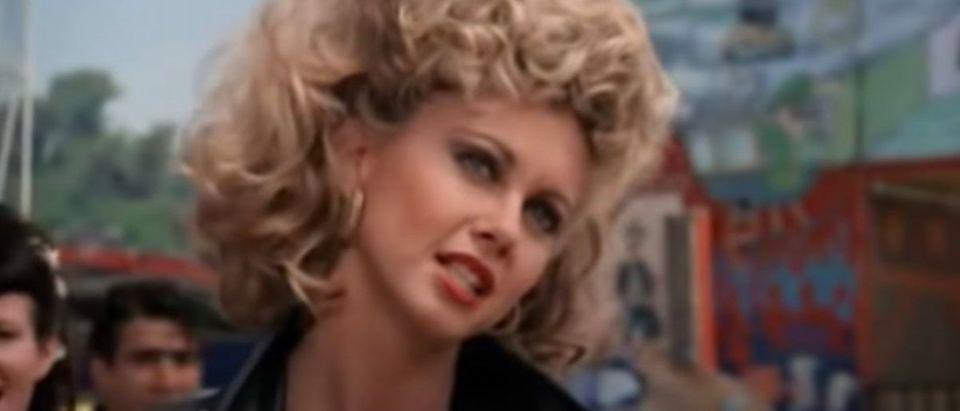 Olivia Newton John (Credit: YouTube Screenshot Holiday Party Music https://www.youtube.com/watch?v=7oKPYe53h78)