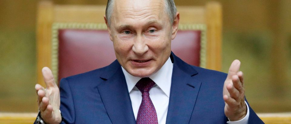 Putin Russia Alexei Navalny Kremlin COVID-19 Getty