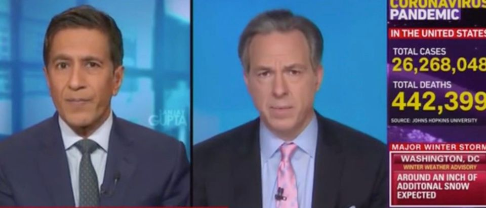 Sanjay Gupta and Jake Tapper (Screenshot/CNN)