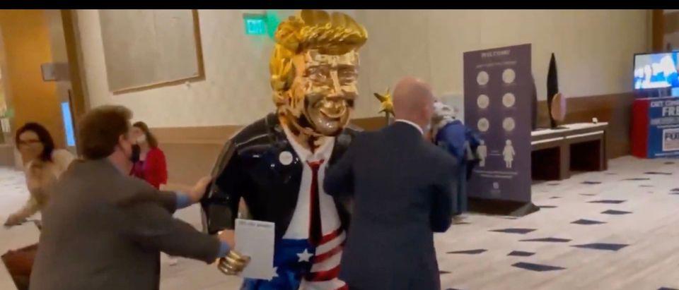Statue of Donald Trump at CPAC (Screenshot/@WilliamTurton)