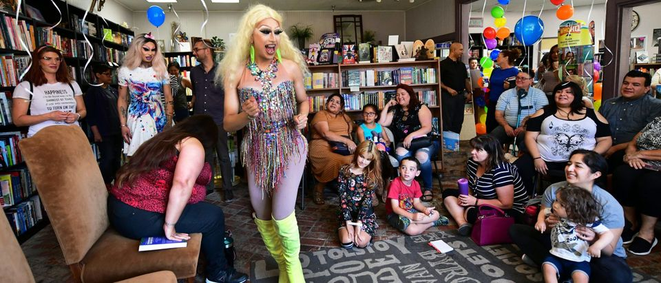 US-LIFESTYLE-GAY-RIGHTS-GENDER-SOCIETY-BOOKS